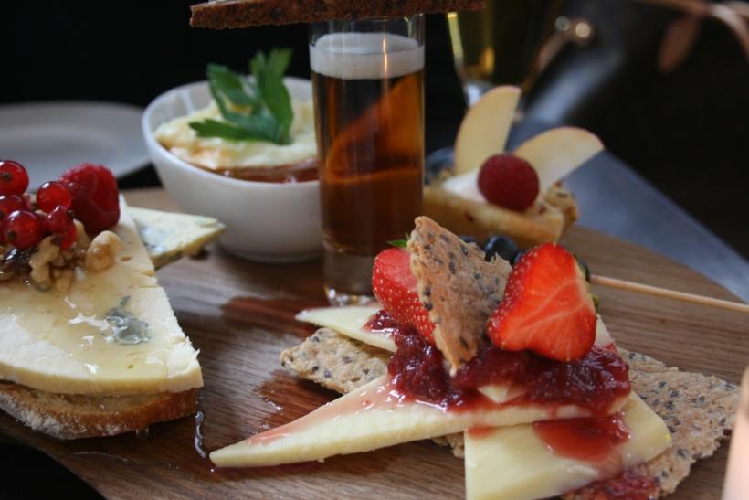 denmark food, copenhagen, travel tips, diet tips, quebec