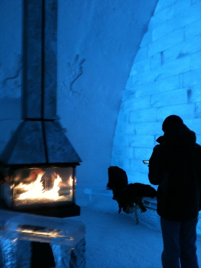 travel writing tips, ice hotel quebec, quebec travel winter