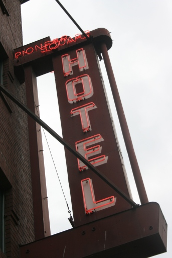 Seattle hotels, hotel review writing, travel writing