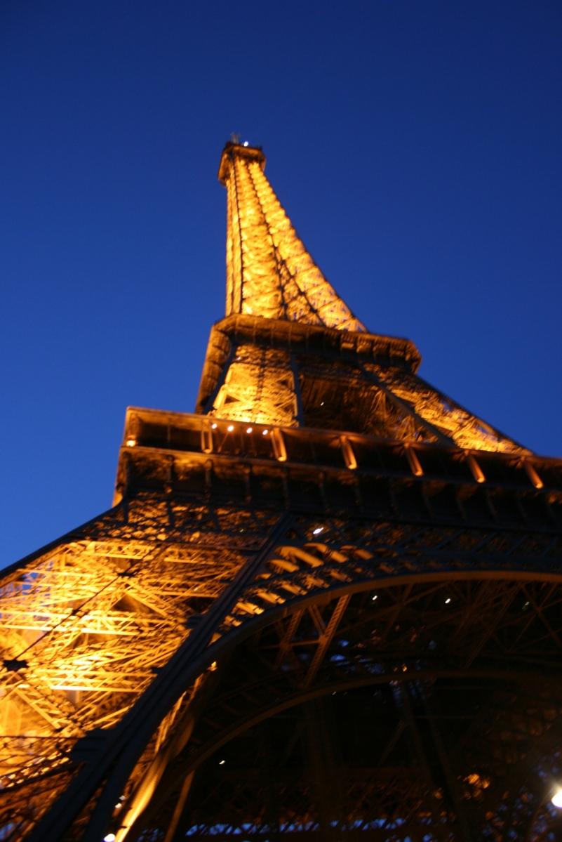 Eiffel Tower, Paris Travel Tips