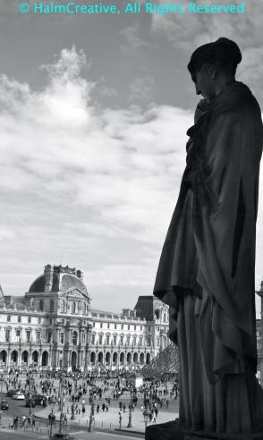 Travel Challenge-Statue